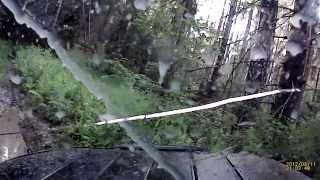 Рыбакин гоняет на УАЗе по лесу и чуть не переворачивается