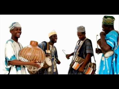 Early Yoruba Recordings [1930 - 1955] - Adelabu Penkelemesi & Other Songs (Video)