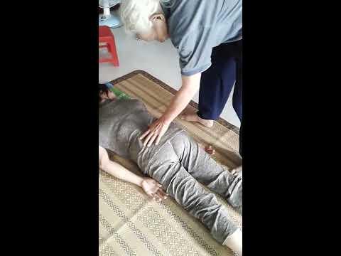 Thay thu  chua benh thoat vi dia dem thang 8 nam 2016