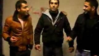 Иранцы исполняют песню под бит бокс