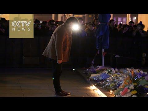 Shanghai Stampede: victims remembered in makeshift memorial