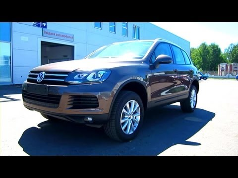 2012 Volkswagen Touareg. Start Up, Engine, and In Depth Tour.