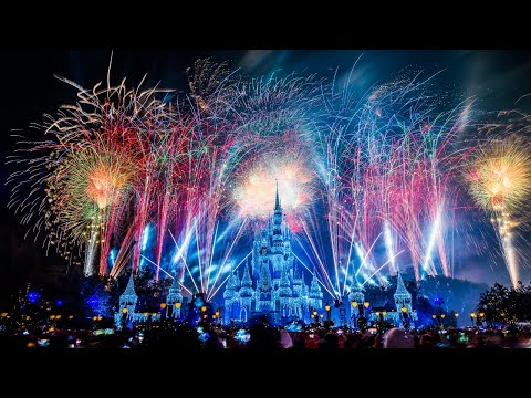 #DisneyParksLIVE: Fantasy In The Sky - New Years Eve Fireworks 2020 | Walt Disney World