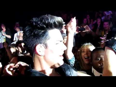 Adam Lambert going in audience during