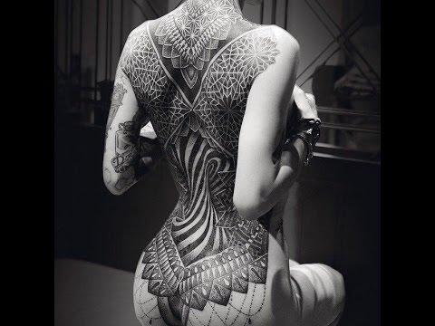 Красивые женские тату на спине фото