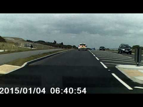 Dash Cam Footage Stuipid Ford Mondeo Driver Nearly Wiped Out