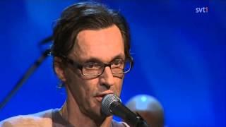 Olle Ljungström & Augustifamiljen - En Valsmelodi (Live På Spåret 2011)