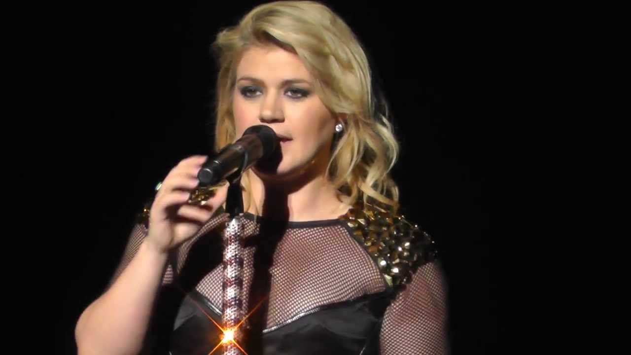 Download Kelly Clarkson 9/5/13: 8 - Tie it Up - SPAC, Saratoga Springs, NY