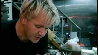 Repeat youtube video Gordon Ramsay eats Shark Fin Soup for the first time!