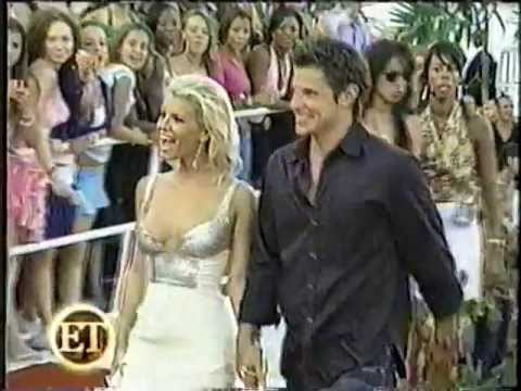 Nick Lachey, Jessica Simpson & 98 Degrees Christmas Preview - YouTube