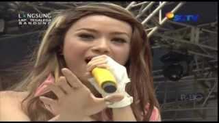 Video THE VIRGIN [Cinta Gila] Live At Karnaval (16-02-2014) Courtesy SCTV download MP3, 3GP, MP4, WEBM, AVI, FLV Januari 2018