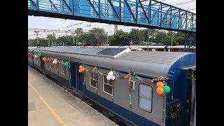 بالفيديو والصور: الهند تطلق أول قطار في العالم يعمل بالطاقة الشمسية