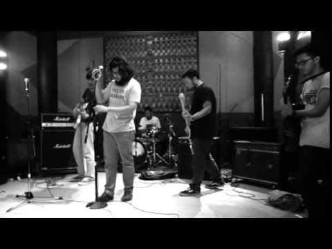 Suasanasabtupagi - Fabric Love (Live)