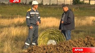 Днепропетровские энергетики вьют гнезда для аистов