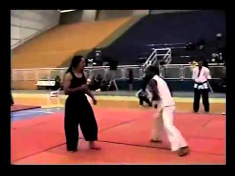 real fight CAPOEIRA VS KUNG-FU.