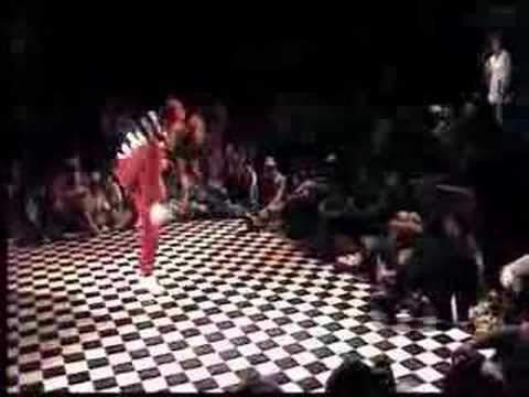 Mannheim Ghetto Soul 2007 Jury George - Locking Funk Jam von YouTube · Dauer:  2 Minuten 12 Sekunden