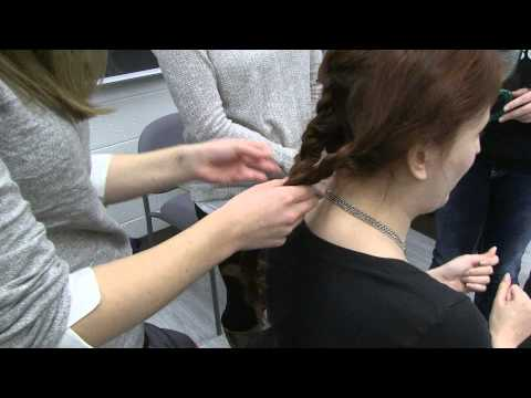 Classical studies: Students adopt ancient Roman hairstyles