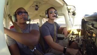 VFR into San Antonio International | Cessna 172 | ATC Audio