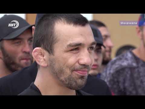 Аскар Аскаров в шаге от титула UFC
