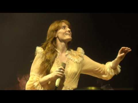 Florence + The Machine - Cosmic Love [4K] (Barclays Center, Brooklyn 10/9/18)