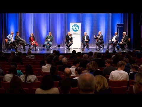 Wahlarena 2021: Die Direktkandidat:innen zur Bundestagswahl auf einem Podium