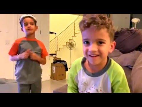 Los Hijos De Nacho Mendoza Cantan Una Canción Que Le Compusieron A Su Papá
