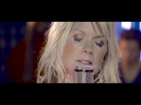 Natalie Grant  King Of The World  Acoustic