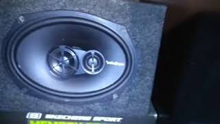 Video 4 Kicker Solo X'S in house with 10,000w amp!  5 Kenetic battery's. download MP3, 3GP, MP4, WEBM, AVI, FLV Juni 2018