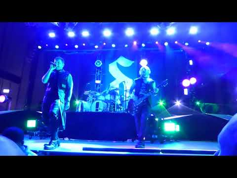 Shinedown Cut The Cord Live @ Five Point In Irvine!