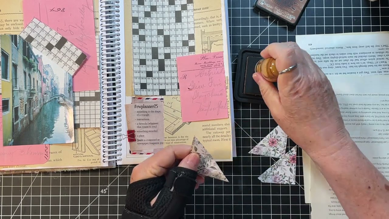 #cwplanner25 - Margarete Miller Challenge & Some Bumbling Die Cutting!