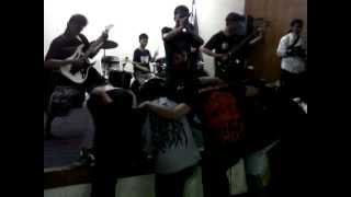 FENOMENA TRAGIS - Resurrection War In Mind & Outro live at DPD Golkar 16 Maret 2013