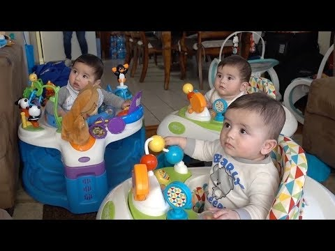 Taika Plays With His Twin Cousins!