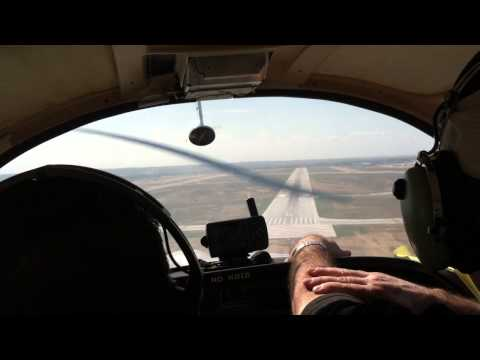 Grumman AA5, Flight training, Laredo Texas, KLRD, landing