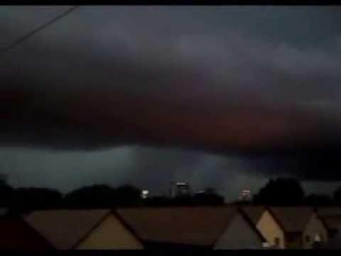 Angry storm cloud over Wildwood Crest   Doovi