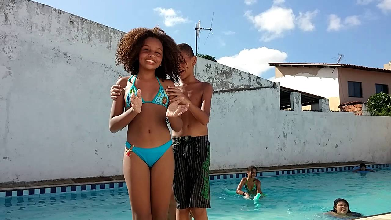 Desafio na piscina - familia Pinheiro