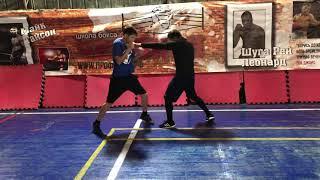 Специальная физическая подготовка в боксе. Челнок с ударами и прижатым подбородком