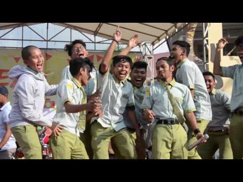 APACHE 13-MONA Perform at Labschool Banda Aceh