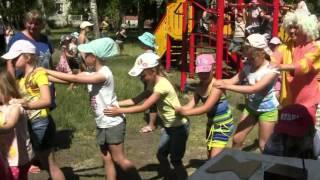 Паровоз Букашка   ансамбль Большая перемена  Мучкап