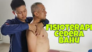 Bahu beku, juga dikenal sebagai capsulitis adhesiva, adalah kondisi dimana bahu menjadi kaku & gerak.