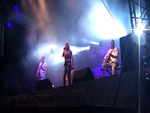 Desperado- Csak egy perc (Elo koncert Szekelyudvarhely 2010 )