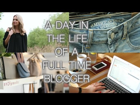 A DAY IN THE LIFE OF A FULL-TIME BLOGGER thumbnail