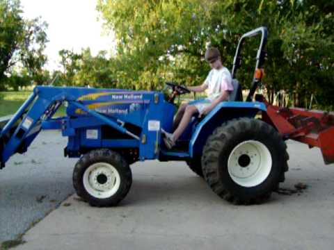 New Holland 1510 tractor