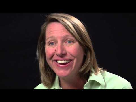 UniversityNow: Marketing Strategy Unit 8.2- The Internet and the Marketing Mix (Kathleen Farley)