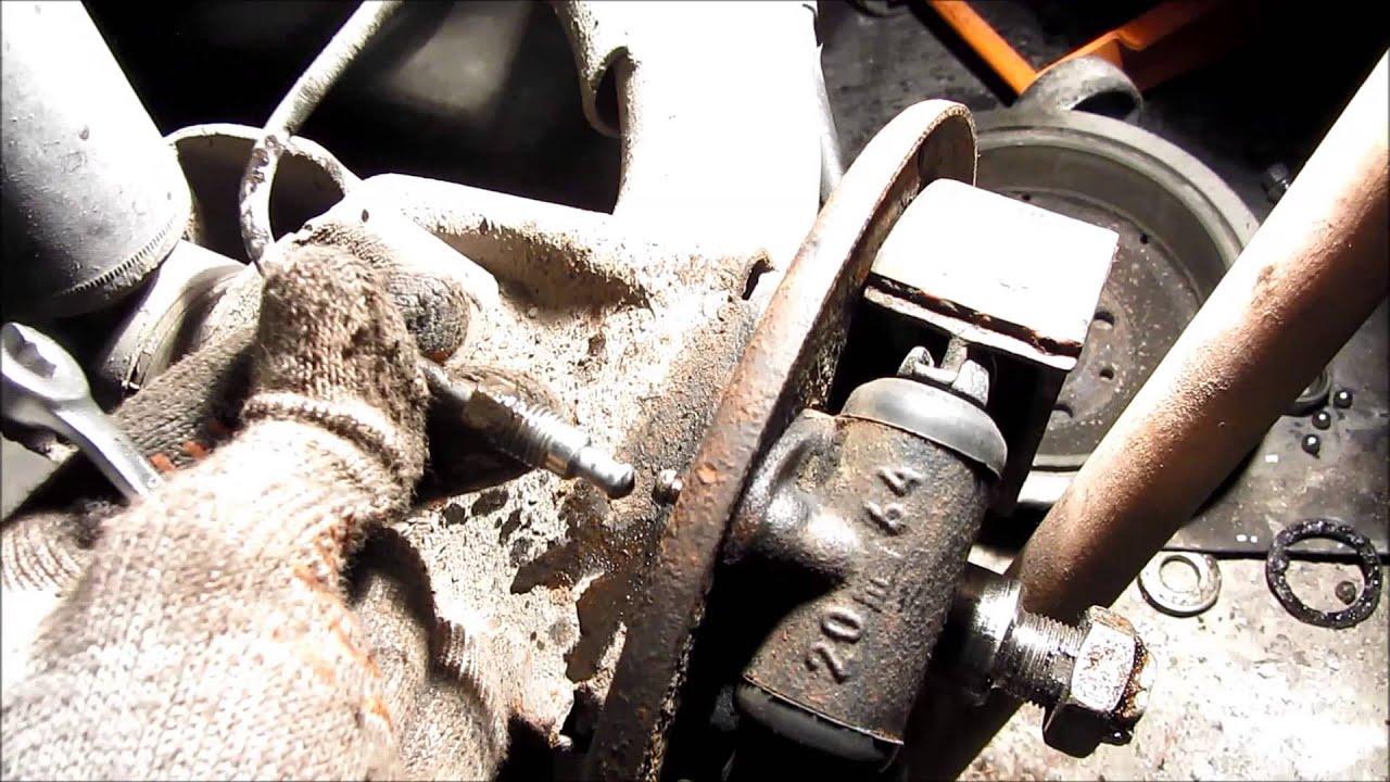 Замена заднего тормозного цилиндра ВАЗ 2110, 2112, Лада Калина, Гранта, Приора и 2109, 2108