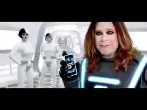 Justin Bieber - Ozzy Osbourne Commercial. 6G Bieber! (Best Buy)