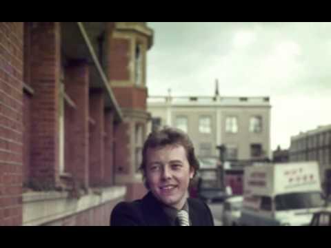Peter Skellern - Too Much, I'm in Love (lyrics)