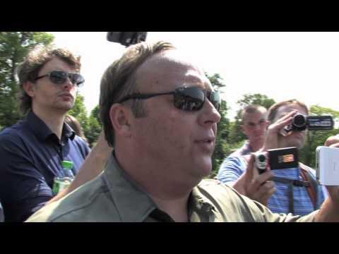 Alex Jones interviews Gerard Batten MP UKIP Bilderberg 2013