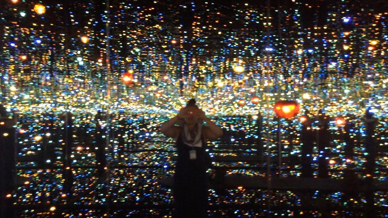 3d Fireflies Live Wallpaper Sneak Peek Inside Yayoi Kusama S Infinity Mirrored Room