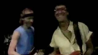 Going home - Dire Straits & Hank Marvin Wembley 1985