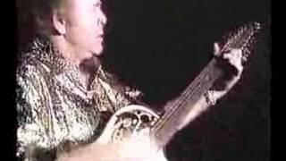Roy Clark-Malagueana